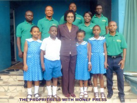 Proprietress with Monef press